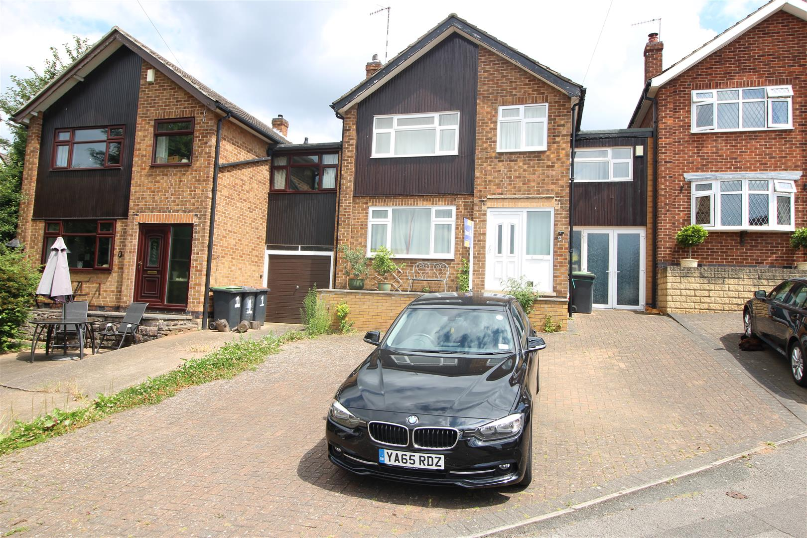 4 Bedrooms Detached House for sale in Willow Avenue, Stapleford